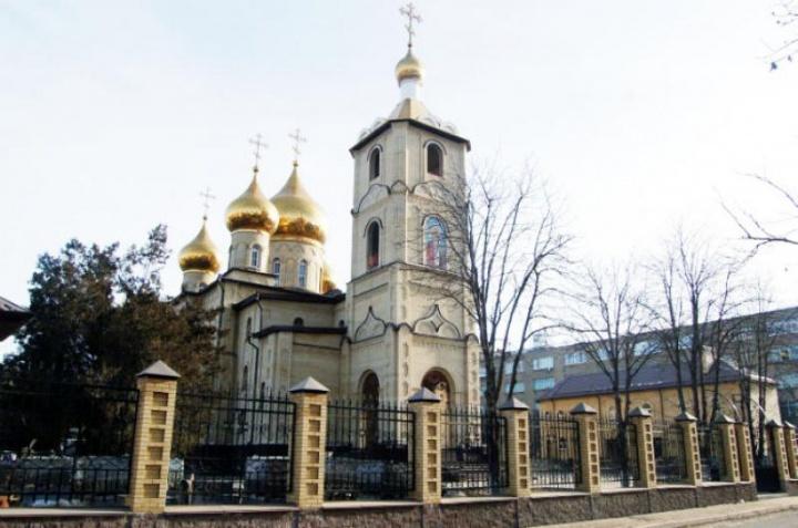 Рашид Темрезов поздравил православных верующих республики с Рождеством
