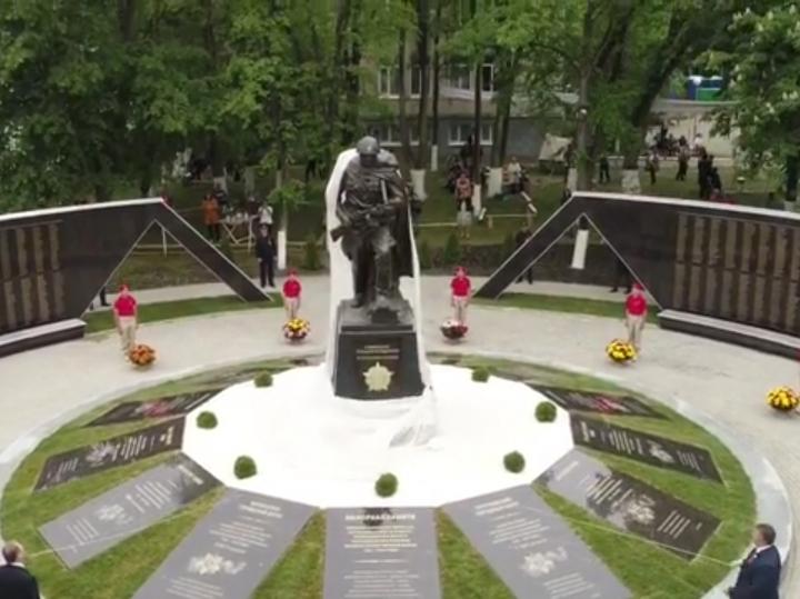 Картинки по запросу открытие Мемориала воинам-землякам Черкесск картинки