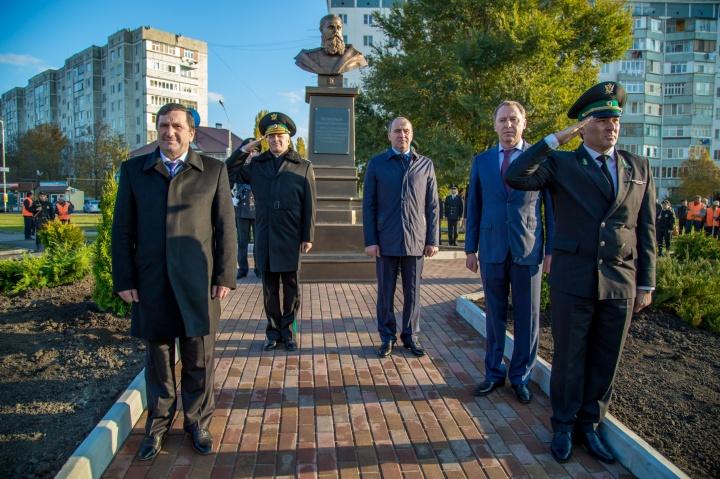 В Черкесске открыли памятник русскому генералу Н.Г. Петрусевичу