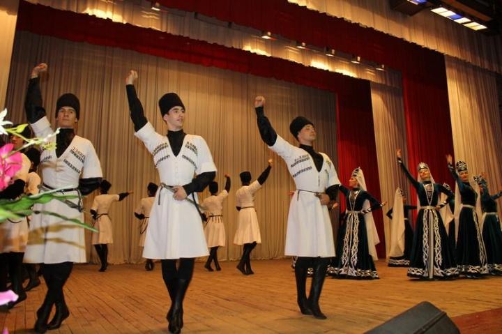 Делегация КЧР поедет намеждународный фестиваль «Мир Кавказу»