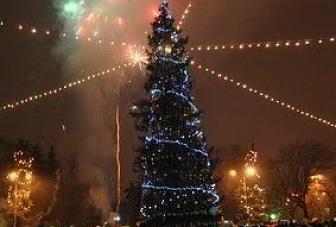 Новогодние елки главы КЧР и мэра г. Черкесска